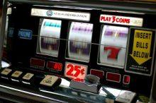 Classic Lucky 7s Slot Machine